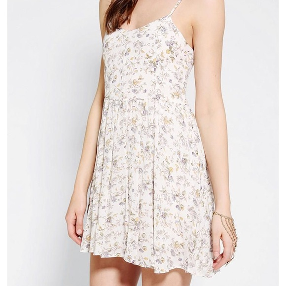 Lucca Couture Dresses & Skirts - LUCCA COUTURE Floral Babydoll Dress in XS